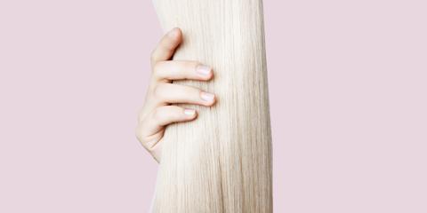 Finger, Wood, Wrist, Nail, Beige, Tan, Waist, Gesture, Thumb,