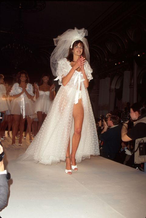 <p>Sexy bridal wear!</p>