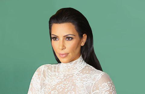 Lip, Cheek, Hairstyle, Skin, Sleeve, Chin, Forehead, Shoulder, Eyebrow, Eyelash,