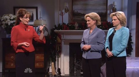 Christmas Miracle Snl.Tina Fey And Amy Poehler Bring Back Sarah Palin And Hillary