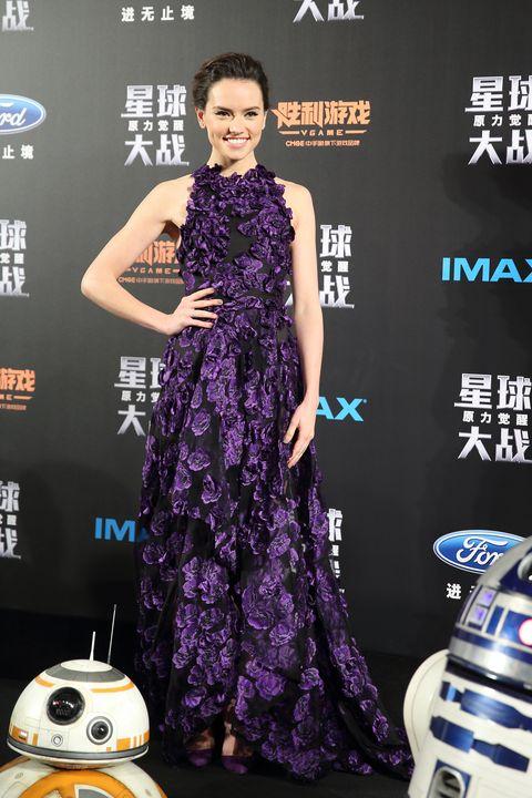 Dress, R2-d2, Style, One-piece garment, Premiere, Fashion, Logo, Cocktail dress, Day dress, Public event,