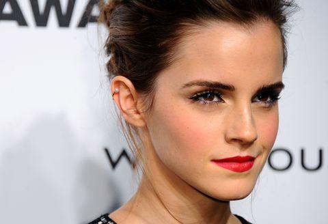 Nose, Mouth, Lip, Hairstyle, Skin, Chin, Forehead, Eyelash, Eyebrow, Eye shadow,