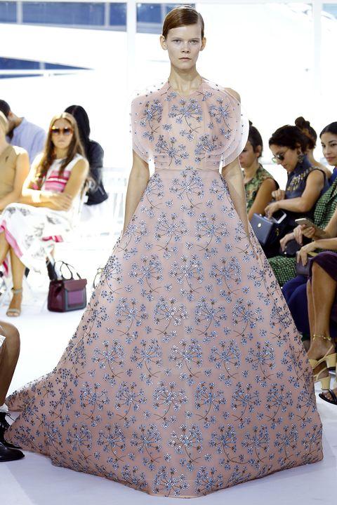 Clothing, Dress, Style, Formal wear, Fashion accessory, One-piece garment, Fashion, Youth, Gown, Fashion model,
