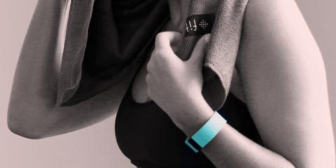 Finger, Sleeve, Collar, Wrist, Blazer, Nail, Cuff, Bracelet, Gesture, Button,
