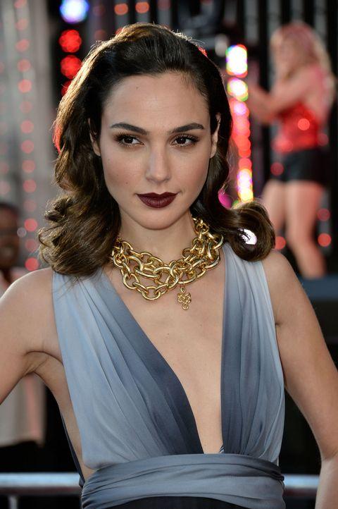 Lip, Hairstyle, Eyelash, Jewellery, Style, Dress, Fashion model, Fashion accessory, Earrings, Beauty,