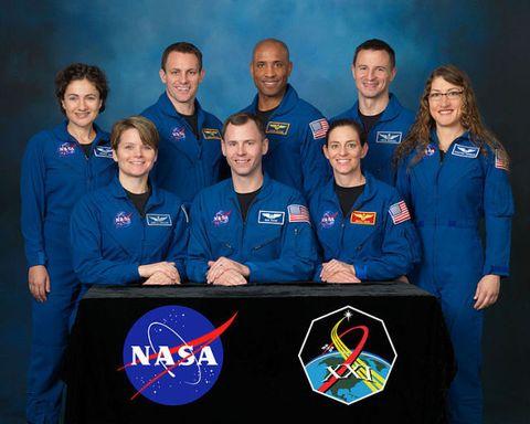 Team, Crew, Sky, Uniform, T-shirt, Space, Organization,