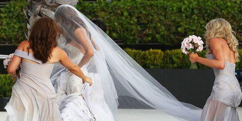 Clothing, Bridal veil, Veil, Bridal clothing, Shoulder, Bridal accessory, Photograph, Dress, Joint, Gown,