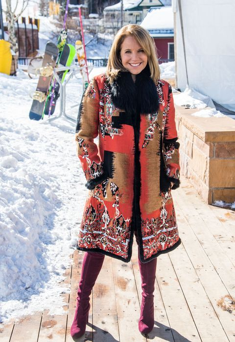 Clothing, Winter, Textile, Outerwear, Style, Bag, Fashion accessory, Street fashion, Snow, Maroon,