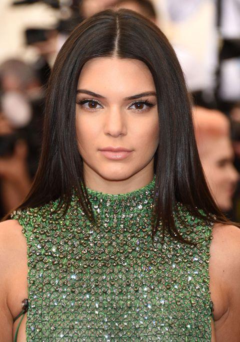 Lip, Hairstyle, Eyebrow, Eyelash, Style, Fashion model, Eye shadow, Black hair, Beauty, Eye liner,