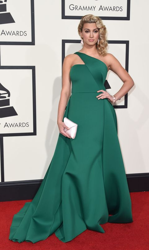 Green, Dress, Shoulder, Flooring, Joint, Formal wear, Style, Carpet, Gown, One-piece garment,
