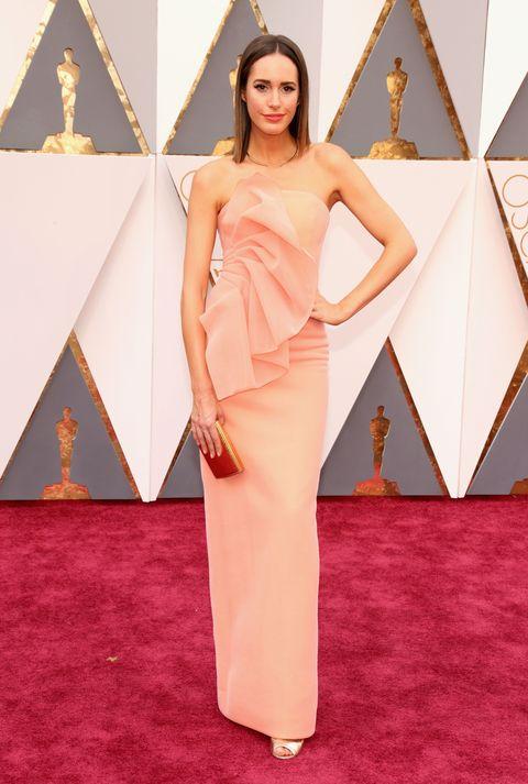 Pink, Style, Amber, Flooring, Fashion, Magenta, Beauty, Carpet, Waist, Fashion model,