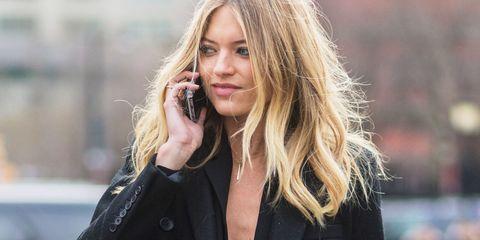 Lip, Hairstyle, Outerwear, Jewellery, Long hair, Street fashion, Blond, Fashion, Beauty, Blazer,