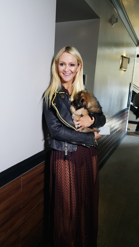 <p>You<strong> </strong>never know what to expect on set for E!'s Oscar warm-up shows. In the past we've had tigers and monkeys, but today we are sticking with puppies form the Wags and Walks shelter. Ahhhhhh.   </p>