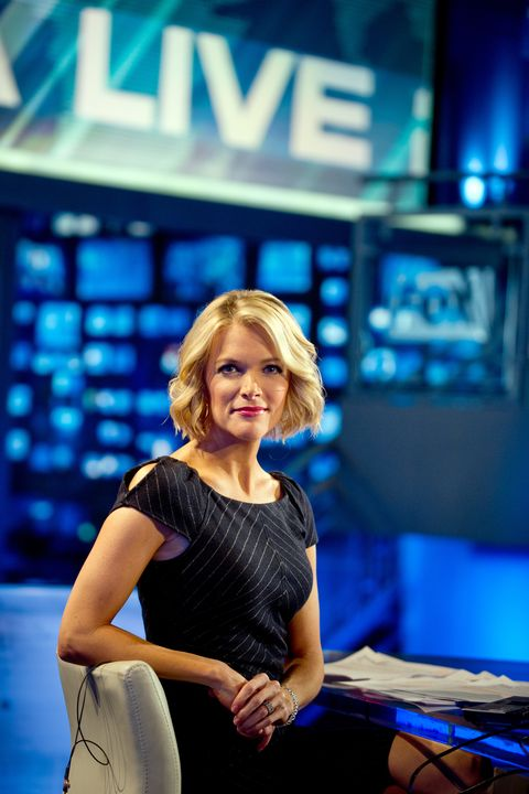 Mouth, Eye, Electric blue, Blond, Brown hair, Makeover, Employment, Layered hair, Television presenter, Television program,