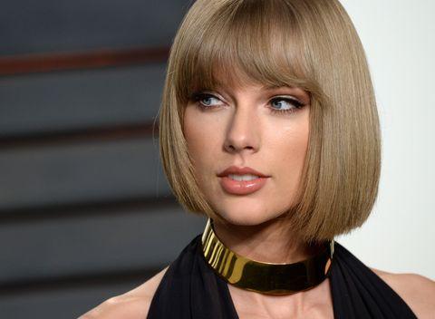 Hairstyle, Chin, Style, Bangs, Jaw, Step cutting, Eyelash, Wig, Bob cut, Blond,