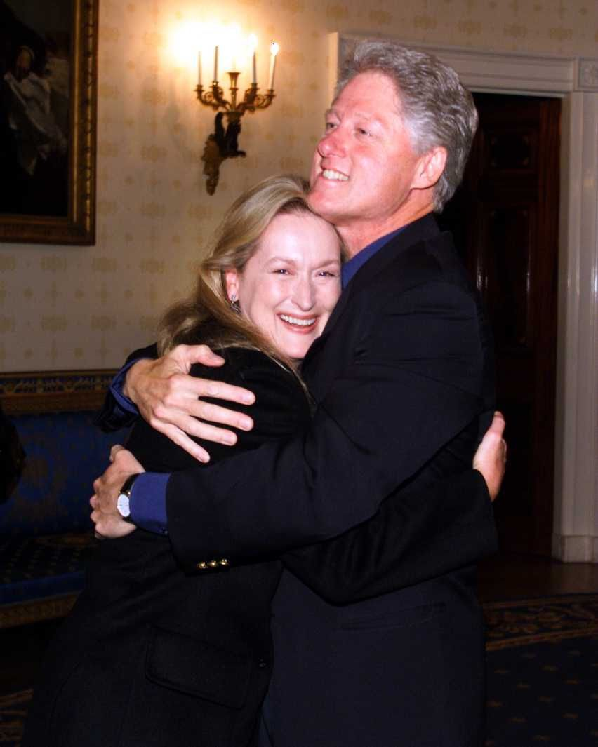 Meryl Streep With Bill Clinton Meryl Streep got close and personal with President Clinton at the Concert of the Century. The Oscar-winning actress maintained a close relationship with the Clinton family, campaigning for Secretary Hilary Clinton in her 2016 presidential bid and was reportedly considered to play her in a biopic.