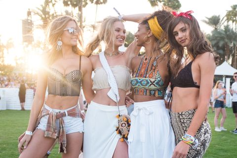 Waist, Navel, Summer, Hat, Abdomen, Fashion accessory, Trunk, Fashion, Beauty, Costume accessory,