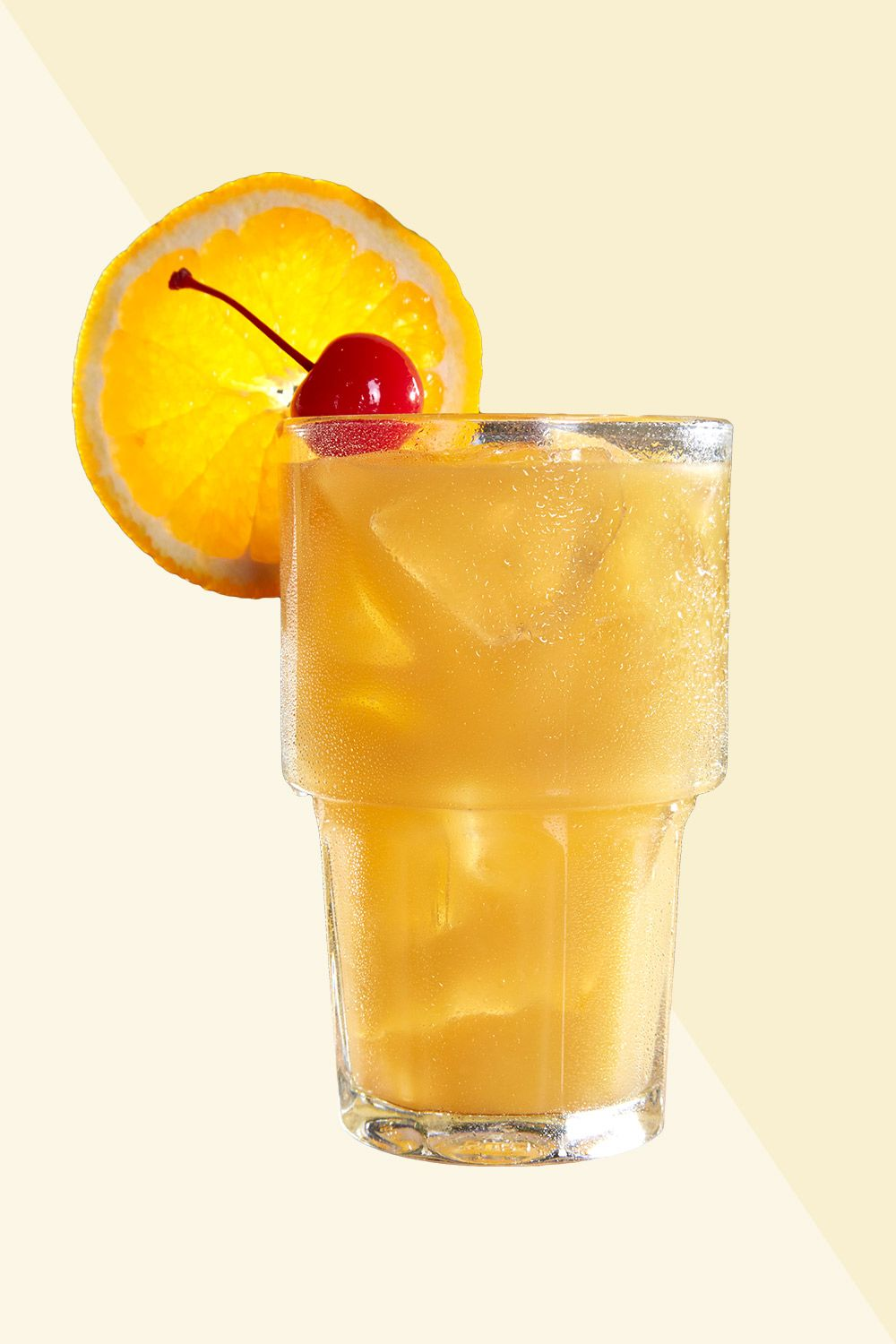 <p><strong>Ingredients:</strong></p><p>2 oz. Maker's Mark Bourbon </p><p>.75 oz. Sun Orchard Lemon Juice</p><p>.50 oz. Monin Sugar Cane (Simple Syrup)</p><p>Orange Slice & Cherry</p><p><strong>Directions:</strong> </p><p>Pour all ingredients into shaker tin and add ice. Shake ingredients vigorously, then strain over fresh ice into 12 oz Highball glass. Garnish with orange slice and cherry. </p><p><em>Courtesy Tilted Kilt</em><br></p>