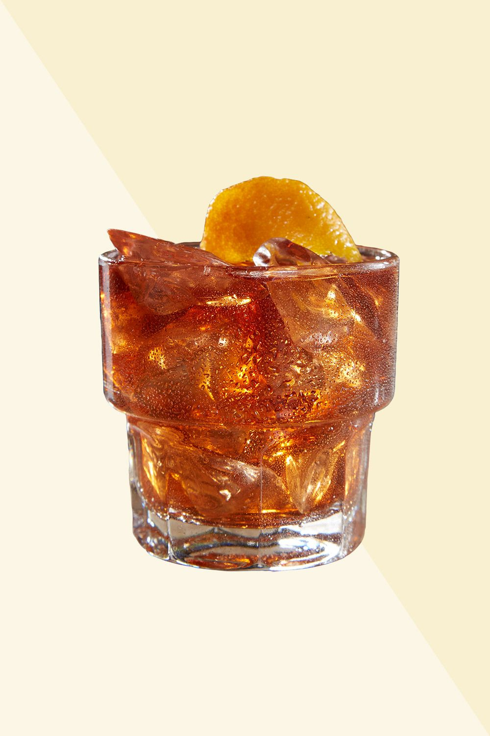 <p><strong>Ingredients:</strong></p><p>1 ½ oz. Bulleit Rye Whiskey </p><p>½ oz. Crown Royal Regal Apple Whisky </p><p>1/8 oz. Monin Sugar Cane </p><p>2 Dashes Angostura Bitters </p><p>Orange Peel Garnish</p><p><strong>Directions:</strong></p><p>Pour ingredients into 14 oz Pint mixing glass and add ice. Stir for 20 to 25 seconds, then strain over fresh ice into rocks glass. Garnish with an orange peel. </p><p><em>Courtesy Tilted Kilt</em><br></p>