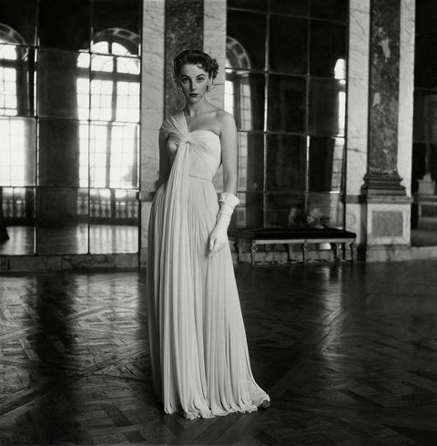 <p>Meet Madame Grès, the French couturier known for her intricately wrapped and pleated dresses. </p>