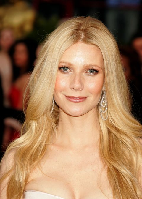 <p>Whereas this is glammed-up, movie star Gwyneth. </p>