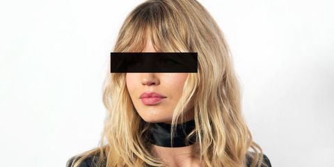 Lip, Brown, Hairstyle, Eyebrow, Eyelash, Style, Step cutting, Beauty, Long hair, Brown hair,