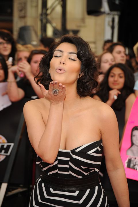 Hair, Face, Head, Nose, Mouth, Event, Shoulder, Dress, Jewellery, Strapless dress,