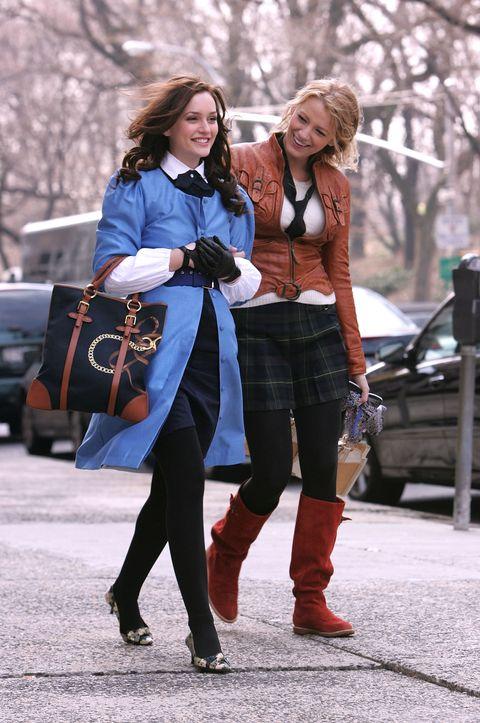 Clothing, Leg, Winter, Trousers, Textile, Bag, Outerwear, Fashion accessory, Street fashion, Style,