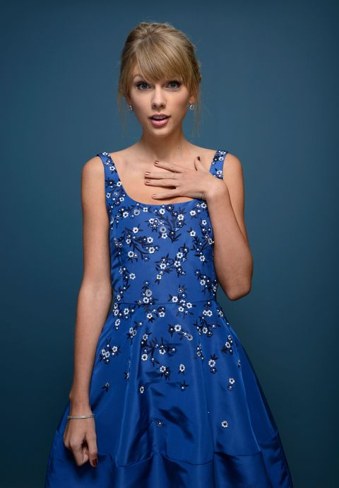 Blue, Dress, Hairstyle, Sleeve, Shoulder, Joint, One-piece garment, Style, Bangs, Formal wear,