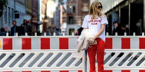 Sleeve, Red, Street fashion, Carmine, Bag, Blond, Sunglasses, Brown hair, Long hair, Coquelicot,