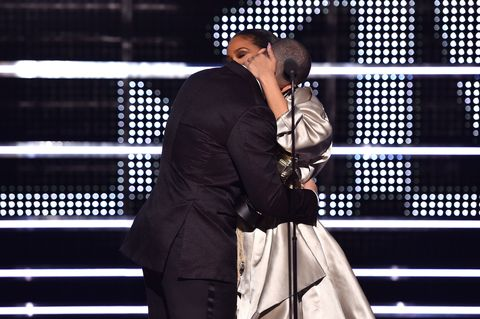 Rihanna and Drake Just *Fully* Kissed on Stage, Friend-Zone Is Obliterated