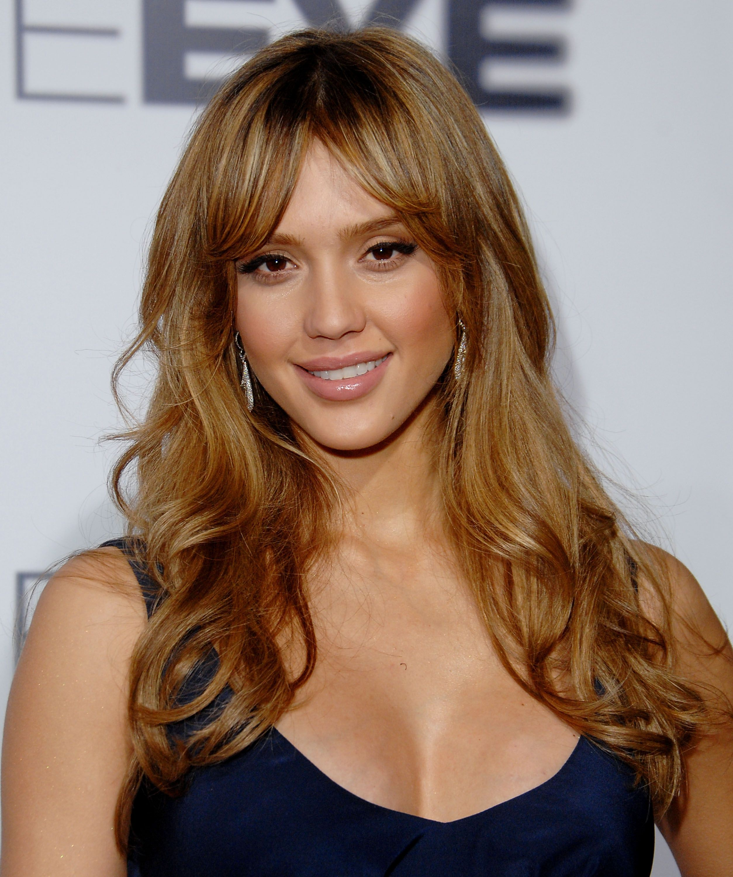 Jessica Alba Hairstyles Long Hair With Side Bangs