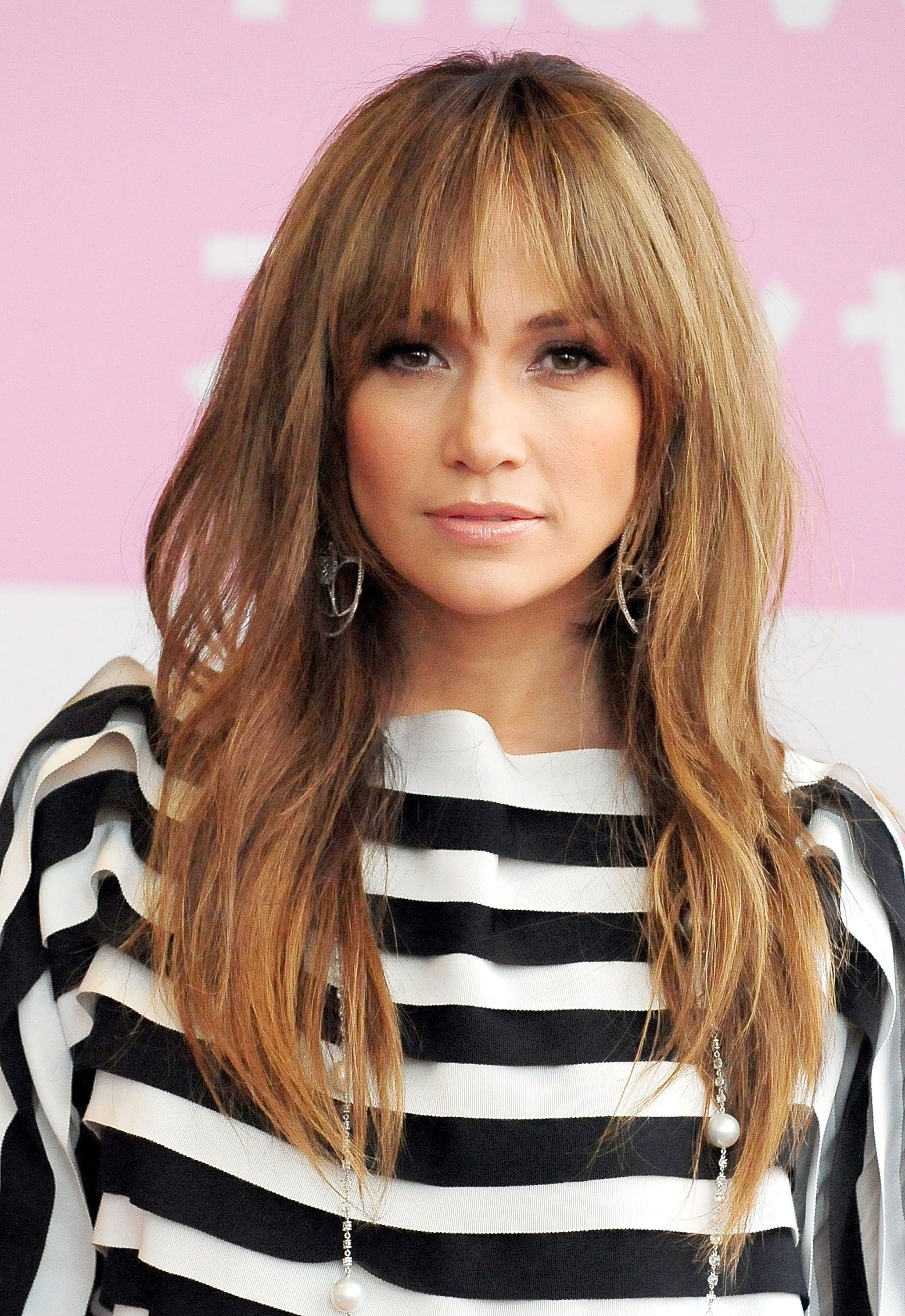 10 Long Hairstyles with Bangs - Best Celebrity Long Hair with