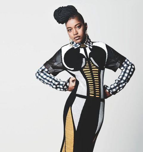 Sleeve, Shoulder, Collar, Standing, Fashion illustration, Style, Formal wear, Costume design, Fashion, Neck,