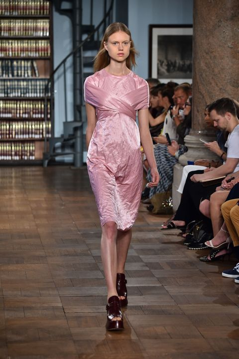 "<p>The general vibe re: the off-the-shoulder top is ""over-saturated but we can't quit it,"" so don't—but do give it a second lease on life by layering it over a short-sleeve dress à la Sies Marjan. You can't beat pink velvet on pink velvet, but also try with prints, if you dare.  </p>"