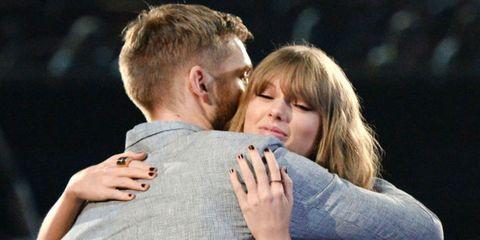 Finger, Cheek, Hairstyle, Hand, Interaction, Love, Gesture, Blond, Romance, Brown hair,