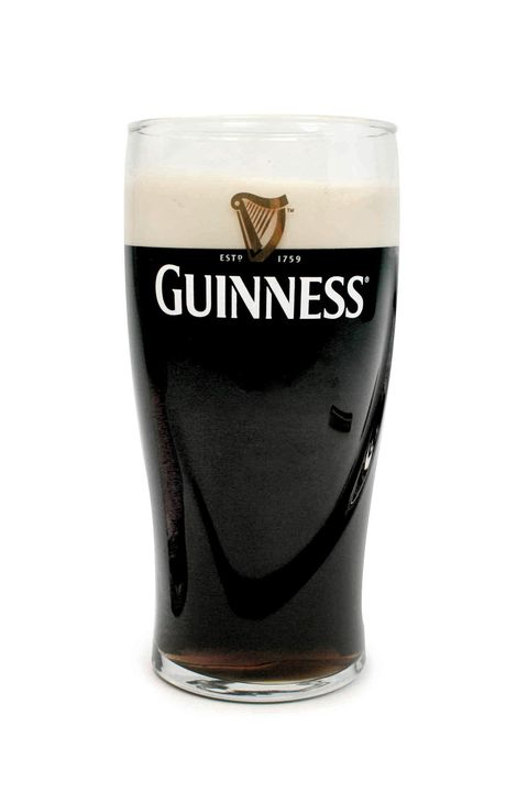 "<p>Every male relative's favorite drink also happens to be a great waist-trimmer. &nbsp;The bitter coffee and caramel mix never gets old.&nbsp;</p><p><strong data-redactor-tag=""strong"">Guinness Draught (4.2% ABV), 125 calories</strong></p>"