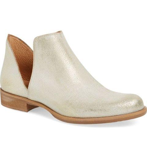 "<p><em data-redactor-tag=""em"">Cordani 'Burk' Bootie, $265, </em><a href=""http://shop.nordstrom.com/s/cordani-burk-bootie-women/4226831?&cm_mmc=Mindshare_Nordstrom-_-October_Shoes-_-Hearst-_-proactive"" target=""_blank""><span id=""selection-marker-1"" class=""redactor-selection-marker"" data-verified=""redactor"" data-redactor-tag=""span"" data-redactor-class=""redactor-selection-marker""></span><em data-redactor-tag=""em"">nordstrom.com</em></a></p>"