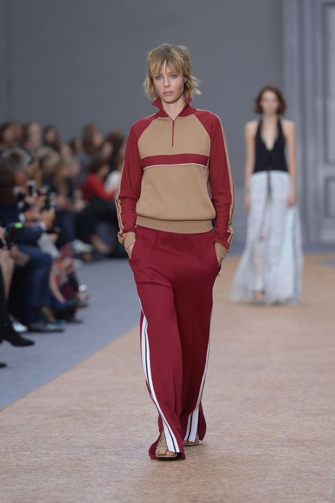 <p>Our story begins in late 2015, when Clare Waight Keller showed this louche, luxe-ified version at Chloé. The fashion pack embraces the thought of comfort with open arms.&nbsp&#x3B;</p>