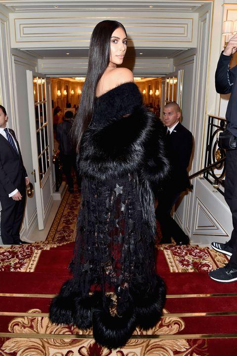 Human, Human body, Flooring, Formal wear, Carpet, Suit, Fashion, Fur, Costume, Gown,