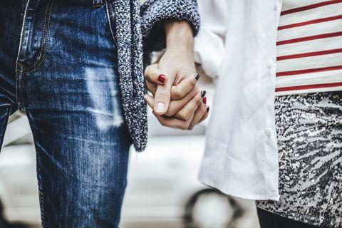 Finger, Denim, Textile, Jeans, Nail, Street fashion, Fashion, Wrist, Pocket, Ring,