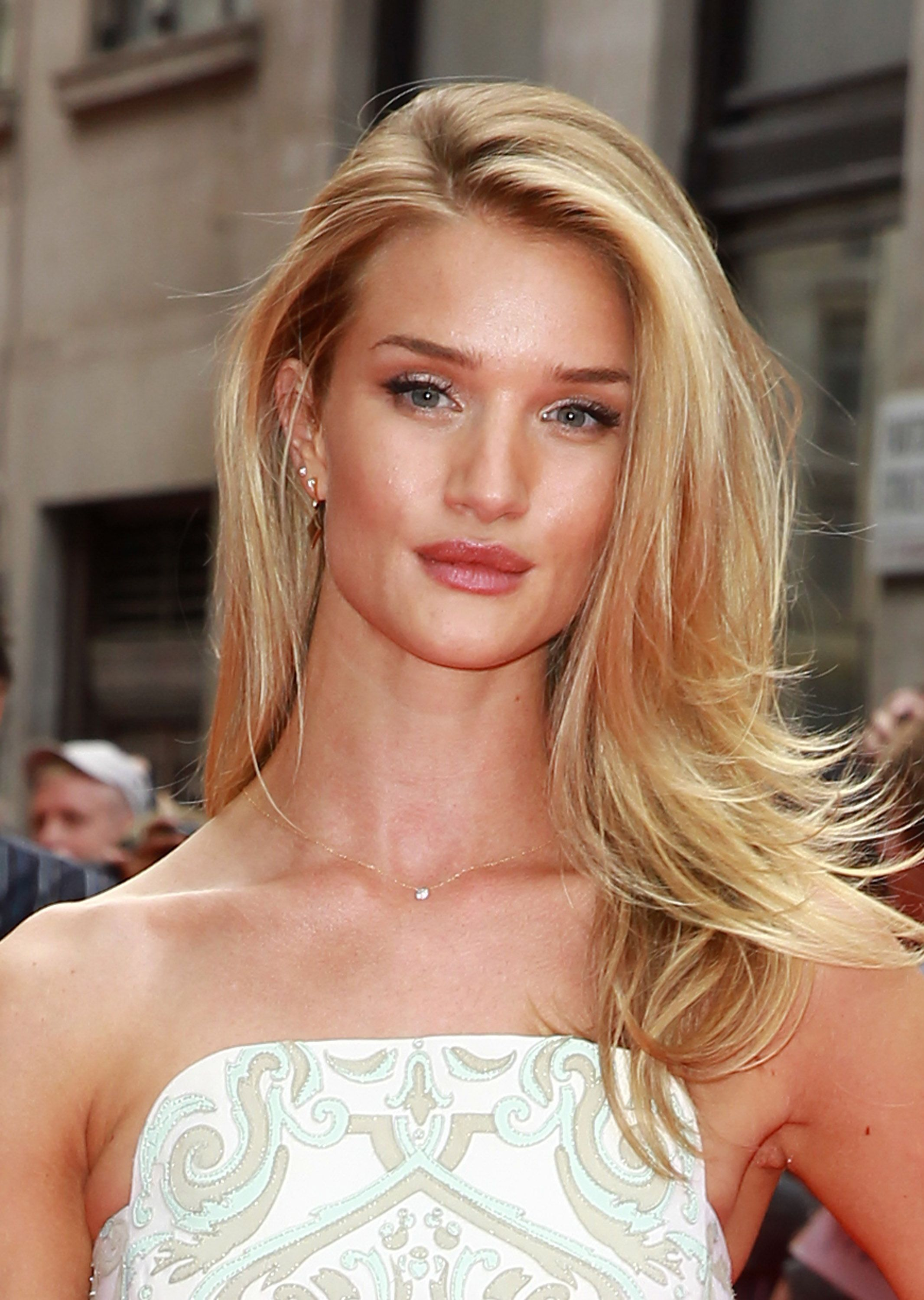 50 Pretty Long Hairstyles for 2018 - Best Hairstyles for Long Hair