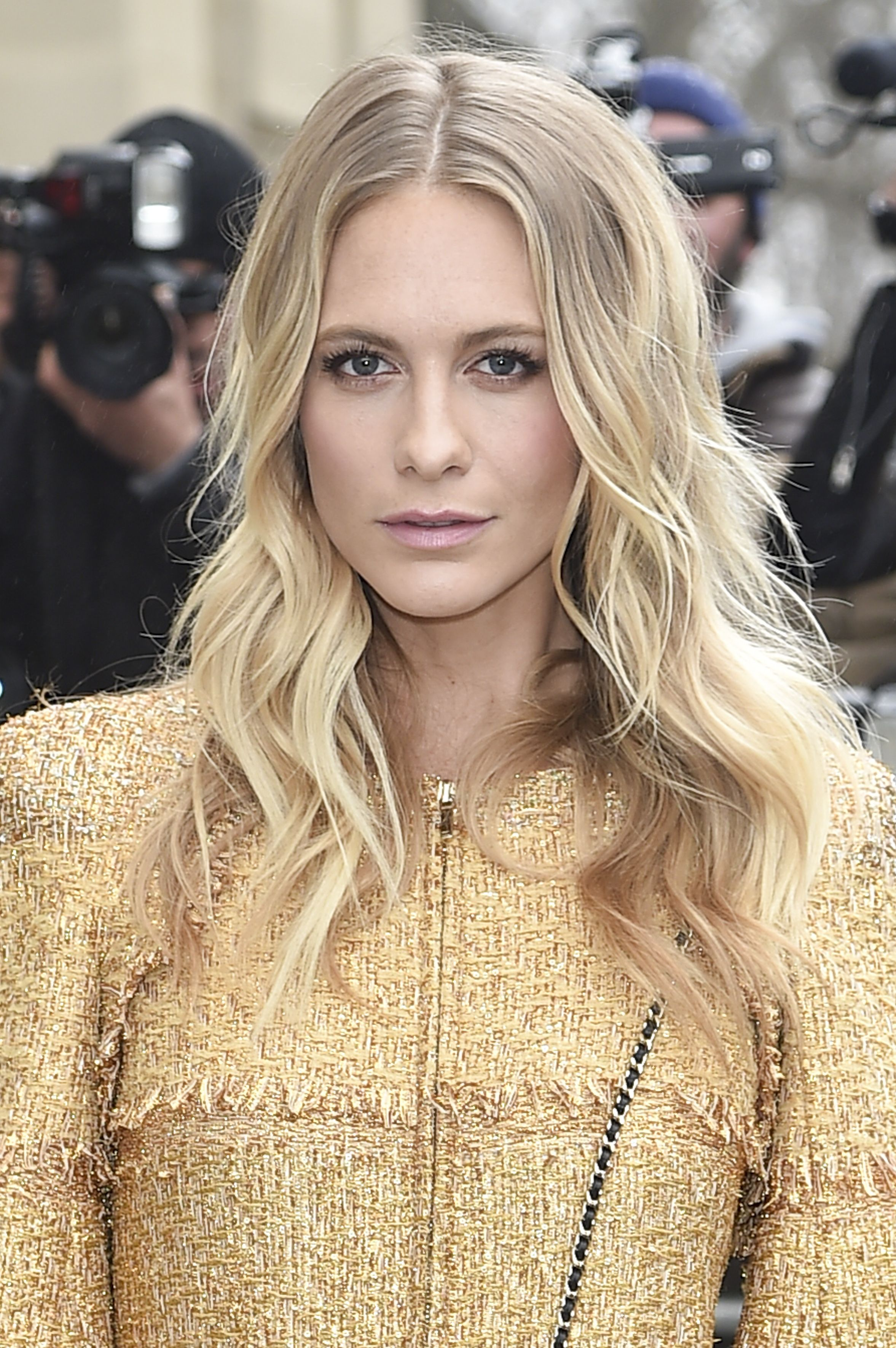 50 Pretty Long Hairstyles for 2018