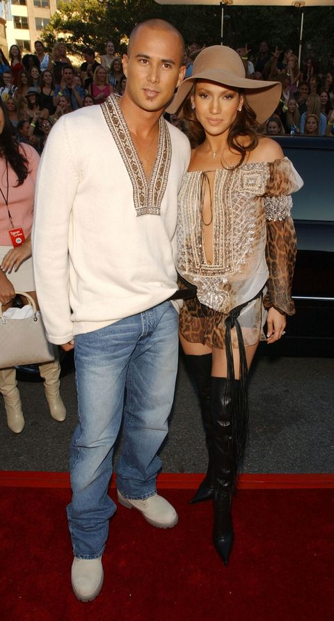 <p>Remember when Jennifer Lopez was married to Cris Judd? And they wore matching peasant tops to the 2001 MTV Video Music Awards? So do we. </p>