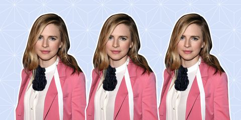 Clothing, Hair, Lip, Hairstyle, Collar, Eyebrow, Outerwear, Coat, Style, Pink,