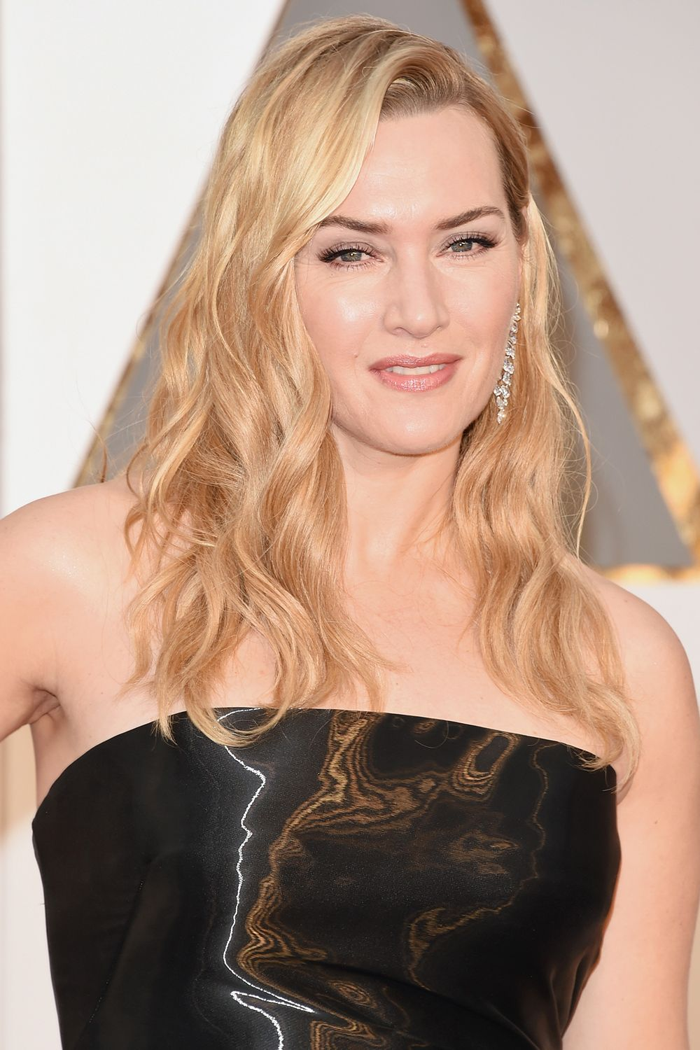 """Kate Winslet This is how Kate Winslet reacted when asked by Harpers Bazaar if she's tried Botox: """"Oh f*ck no!"""""""
