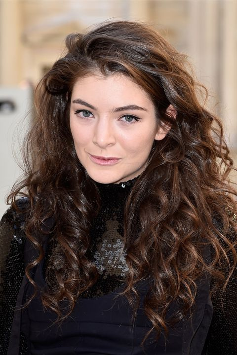 <p>As seen on Lorde.</p>