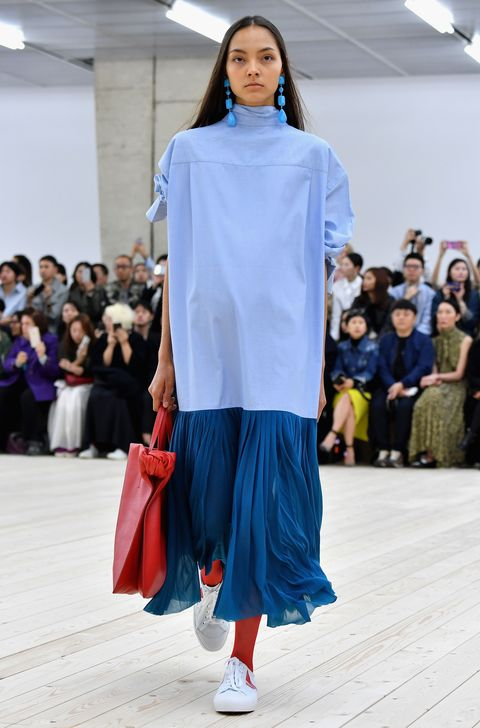 <p>But has been so overplayed, you're semi-frightened to pull it on from The Chair, lest it brands you a fashion victim. (And sends the rest of the pile toppling.) Phoebe Philo, as always, lights the way, however, pairing the aforementioned item with a boxy shirt and trainers for an outfit that's at once modern and good for hiding any post-holiday billowing out. Side note: We're really seeing a move away from the nipped-in waist, which is like, thank goodness.&nbsp;</p>