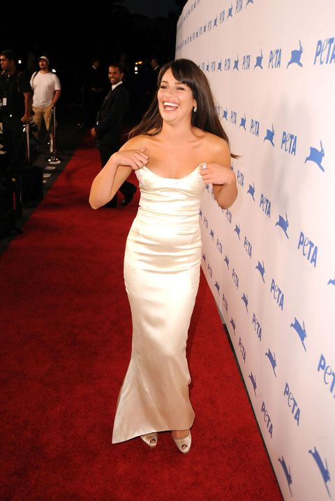 Most Craziest Celebrity Wardrobe Malfunctions Of All Time ...