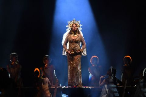 heater, Stage, Music venue, Darkness, Artist, Theatre, Performance art, Performing arts center, Costume design, Scene,